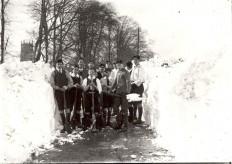 Grammar School boys come to the rescue in 1916