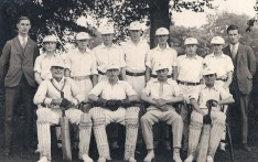 Boys Cricket Team 193?