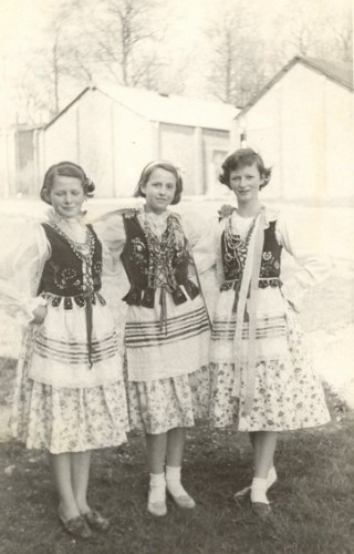 Polish and English friends in costume, l-r: Janet Lock, Ursula Swabiak, Stella Kay.
