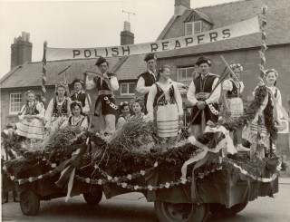 Polish decorated float at Scuttlebrook Wake c.1955