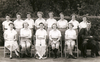 Girls Hockey 1958